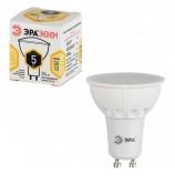 Лампа светодиодная ЭРА, 5 (35) Вт, цоколь GU10, MR16, теплый белый свет, 25000 ч., LED smdMR16-5w-827-GU10ECO